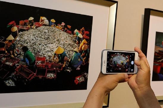 中韩国际摄影交流展在津开幕