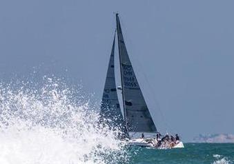 首屆中國家庭帆船賽天津啟動