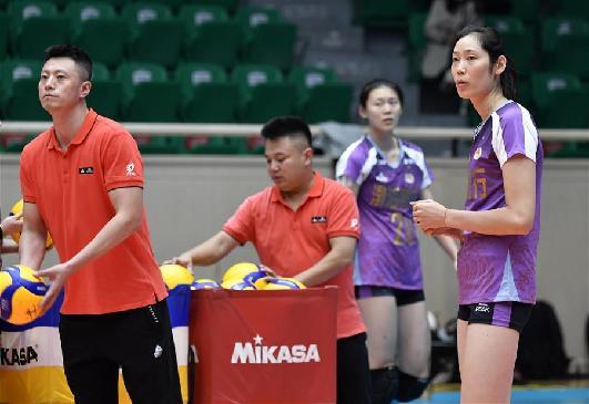 女排公益賽:天津勝山東